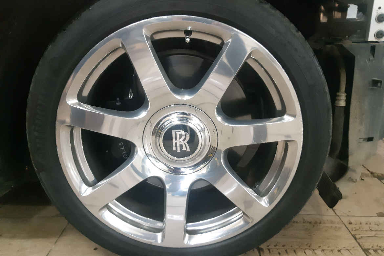Покраска кузова Rolls Royce Wraith